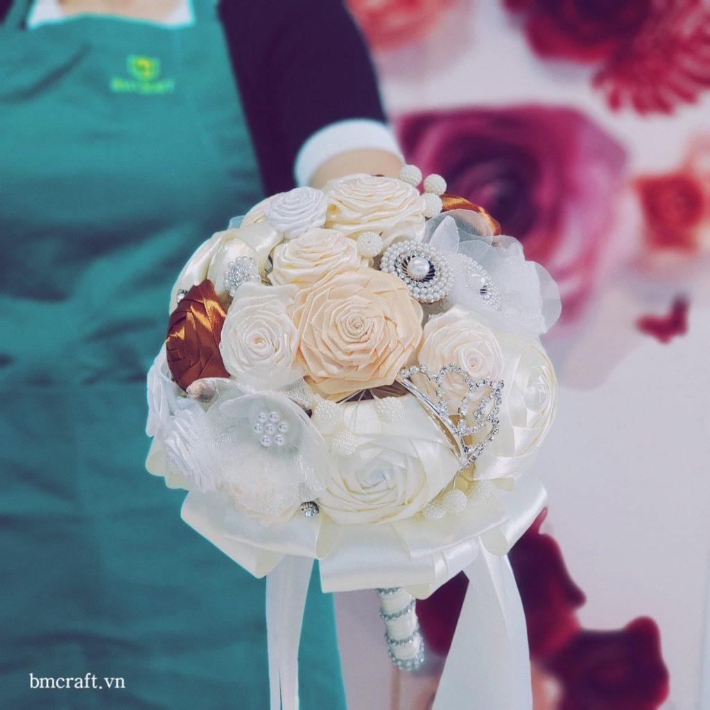 hoa cưới, hoa cằm tay